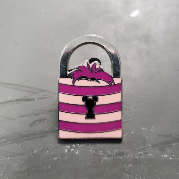 SOLD Cheshire cat handbag pin